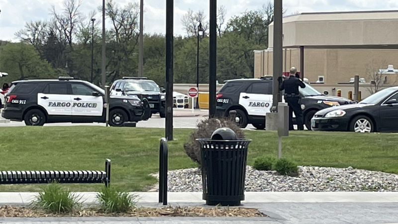 Police investigating possible shooting in downtown Fargo