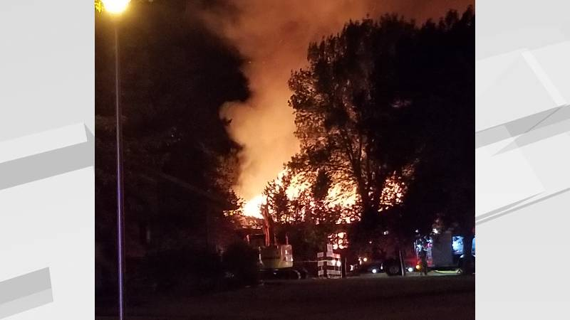 Picture from VNL viewer on scene during fire.