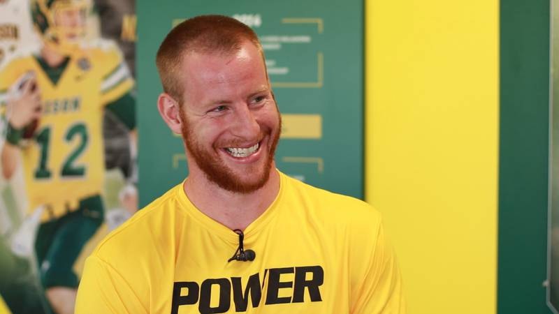 Carson Wentz chats 1-on-1 with Valley News Live Sports Director Beth Hoole.