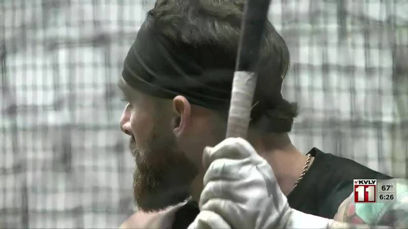 Silviano crushes 24th home run of the season