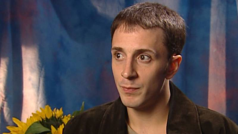 """On Tuesday, Steve Burns, the original host of """"Blue's Clues,"""" appeared in a video posted to..."""
