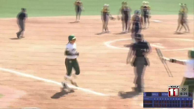 Sports - Bison Women Sweep UMKC In Summit League Softball
