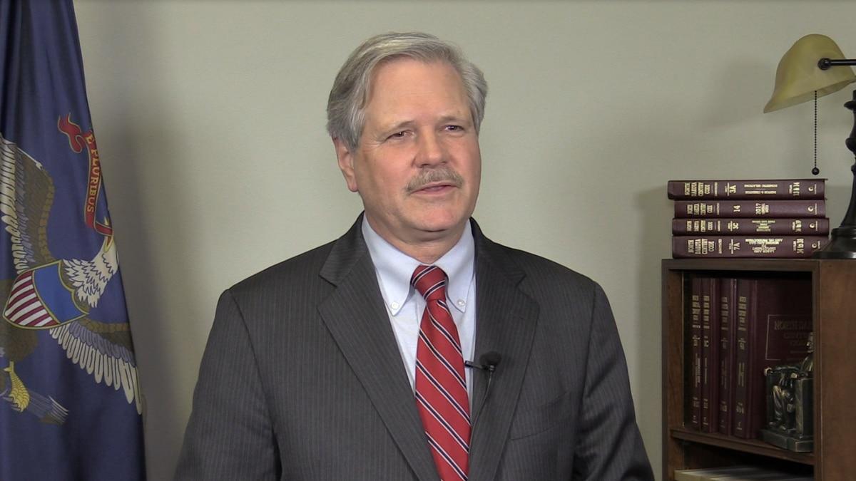 Senator John Hoeven speaking on the Elks milestone.